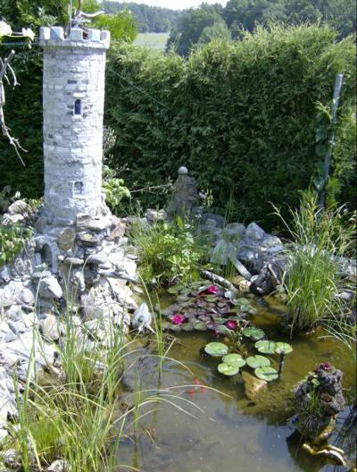 Fotowettbewerb gartendeko for Teich mit steinen